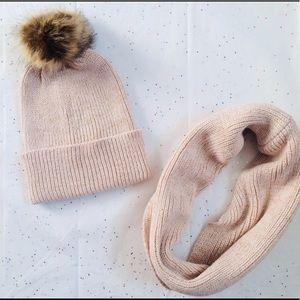 Accessories - 💝Luxe Fur Pom Pom Hat, Socks & Scarf Set